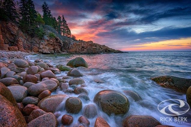 Sunrise in Monument Cove